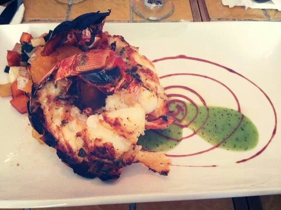 Calizo Restaurant: Lobster tail, perfect!!!