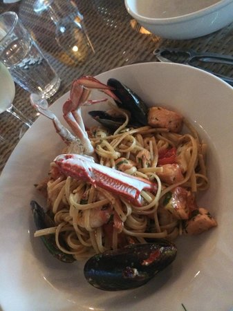 "Waterfront Port Melbourne: This seafood was to ""die"" for"