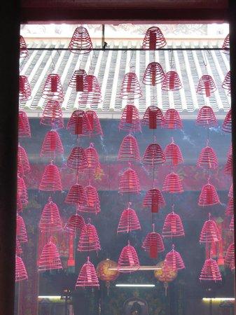 Sin Sze Si Ya Temple : Incense