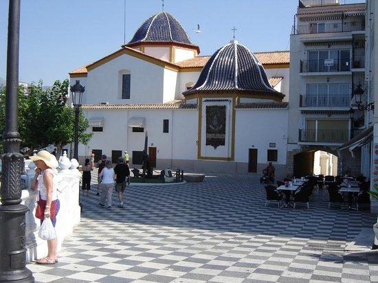 El Casco Antiguo de Benidorm: The plaza