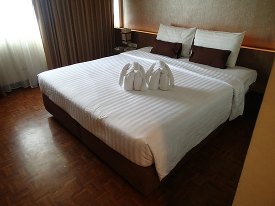 Hotel M Chiang Mai: Room towells as elephants!