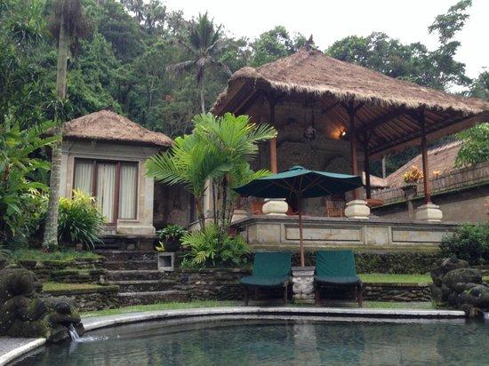 The Royal Pita Maha: Ajung Healing Villa, Private Terrace, Outdoor Shower