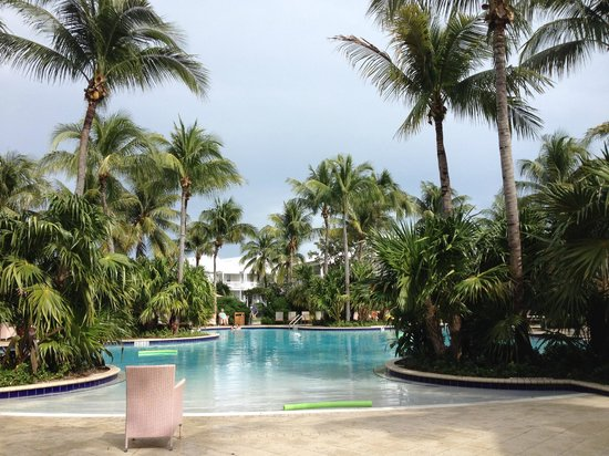 Tranquility Bay Beach House Resort: Pool area