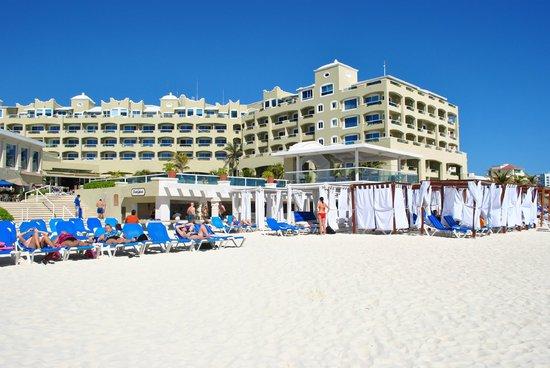 Gran Caribe Resort : plage de l'hôtel