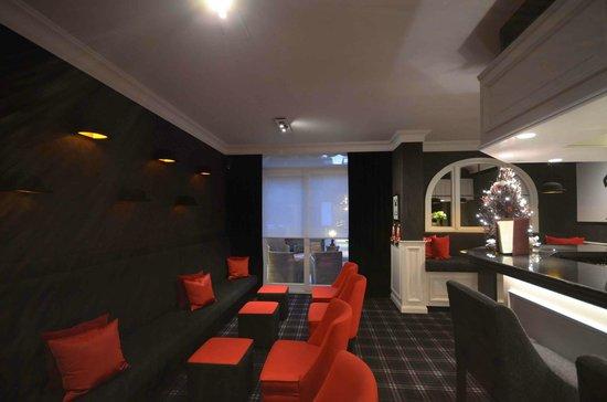 Hotel Prinsenhof Bruges : The Bowler Bar_Prinsenhof Bruges