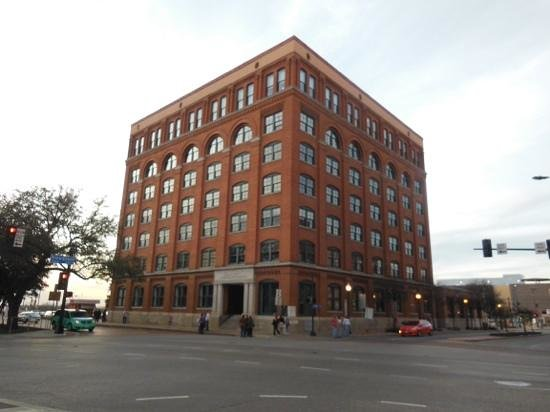 The Sixth Floor Museum at Dealey Plaza: The Sixth Floor JFK Museum in Dallas Texas