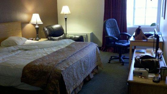 Fairbridge Inn & Suites: Guesthouse Rm #306
