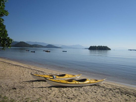 Interacao Ambiental Day Tours: Departure beach