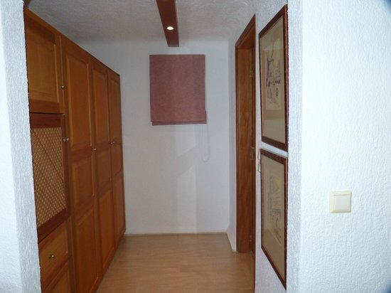 Elounda Mare Relais & Chateaux hotel : Closets