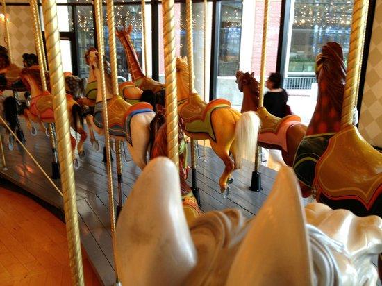 Grand Rapids Public Museum: The Carousel