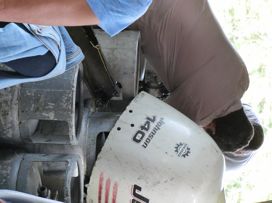 Jungle Tom Safaris Day Tours: Borken boat motor