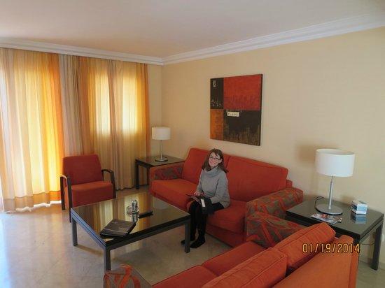 Alanda Club Marbella: Living Room