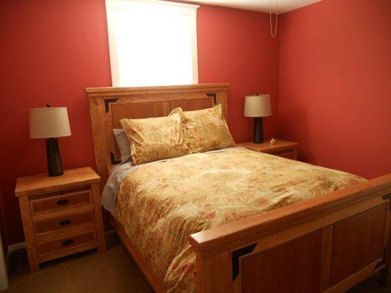 Eldorado Suites Hotel: Bedroom