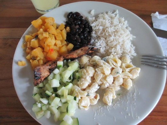 """Costa Rica Fun Adventures: """"Lunch"""" that was served after 3pm."""