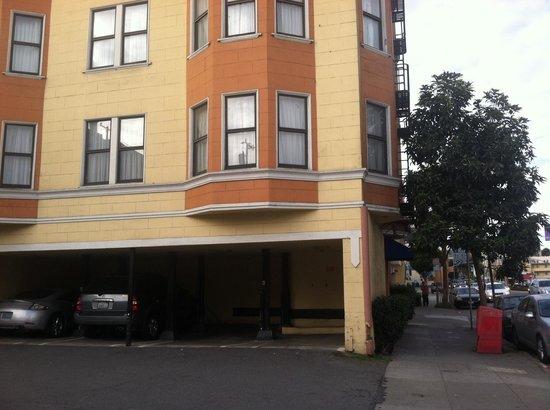 Alpha Inn & Suites: Rm 225