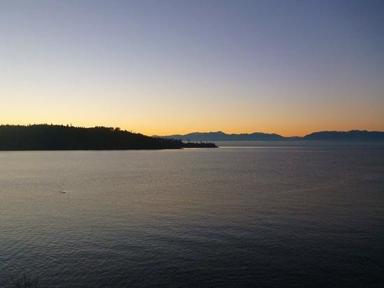 Sooke Harbour House Resort Hotel: view from our balconey