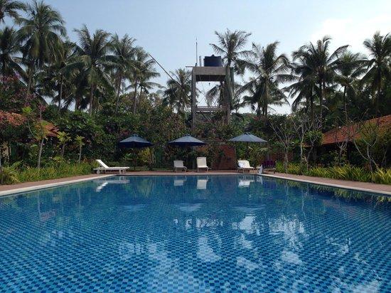 Langchia Village Hotel: Famiana village pool