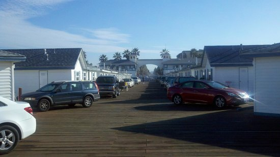 Crystal Pier Hotel & Cottages: Half way down the pier, looking back at land.