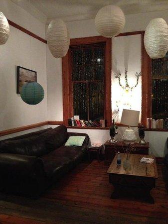 Interior - The Glen Lodge and Pub: 3