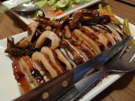 Gerry's Grill: Pusit (squid)