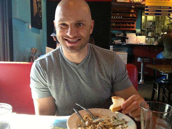 Magnolia Cafe South : Enjoying the food!