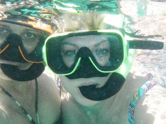 Secret Harbour Beach Resort: Snorkeling