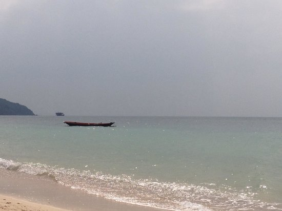 Pimmada Hut: Private beach view