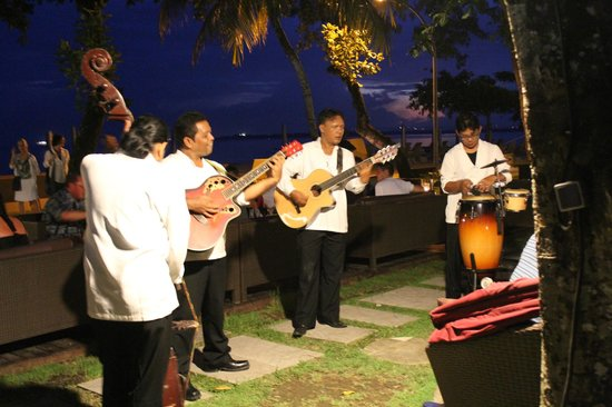 Prama Sanur Beach Bali: Entertainment