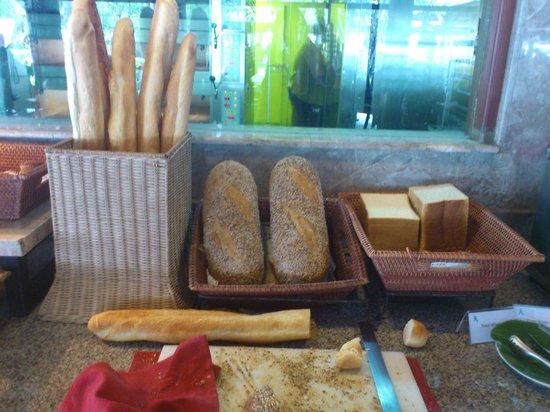 Prama Sanur Beach Bali : Breakfast