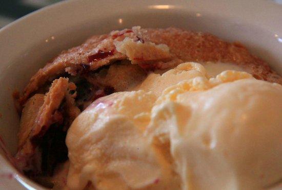 Tognazzini's Dockside Restaurant : olalileberry dessert--pretty good