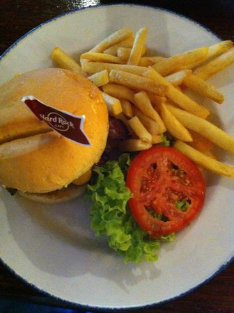 Hard Rock Cafe: Couldn't eat it.