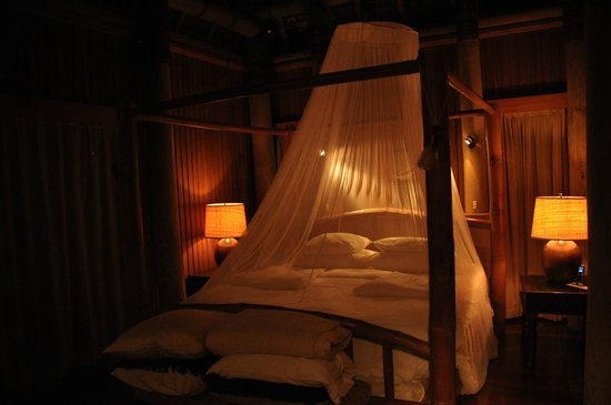 Namale Resort & Spa: The bed