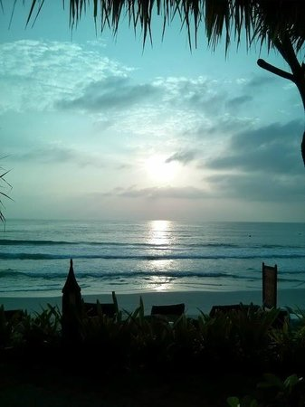 Poppies Samui: Sunrise over Chaweng Beach