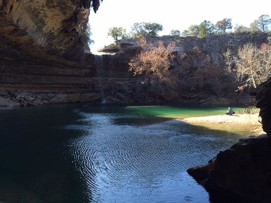 Dripping Springs, TX: Hamilton Pool beach
