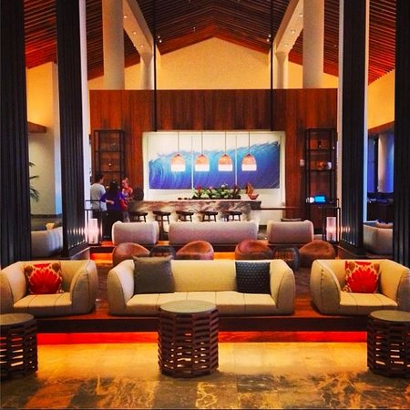 Andaz Maui At Wailea Resort: Amazing lobby design!