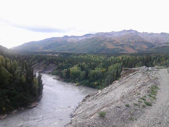 McKinley Explorer: From Fairbanks to Denali (11)