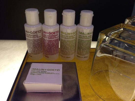 Naumi Hotel: Toiletries