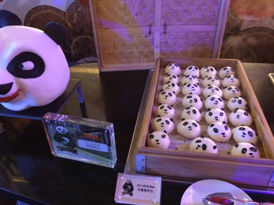 Conrad Macao Cotai Central: Kung Fu Panda buns at Shrekfast