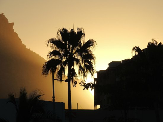 Tesoro Los Cabos: Sunrise from our Room