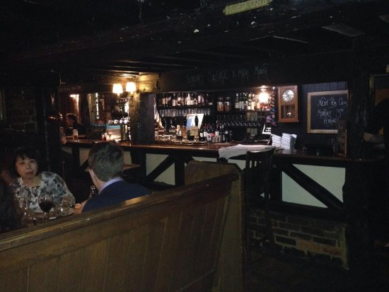 The Crown At Bray: The bar