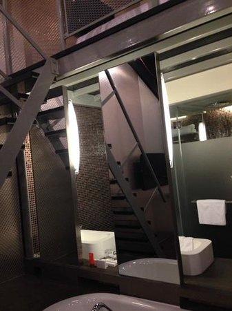Wanderlust : our bedroom/bathroom...(4th floor)...