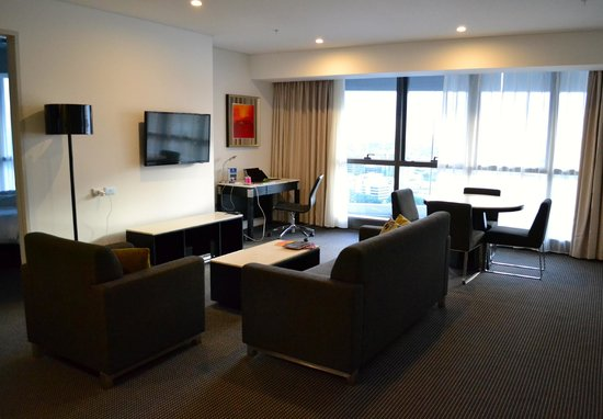 Meriton Serviced Apartments Brisbane on Herschel Street: room