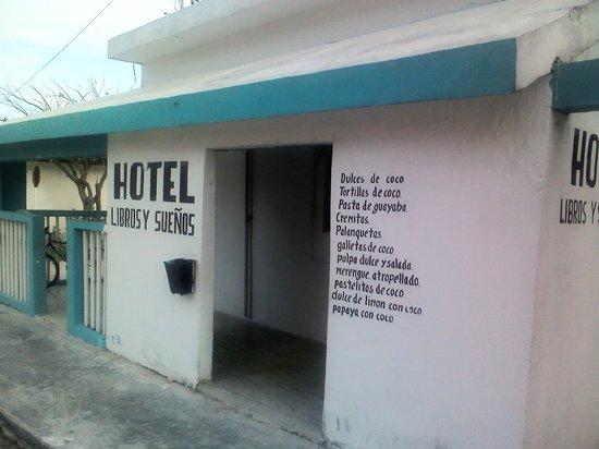 Photo of Libros y Suenos Telchac Puerto