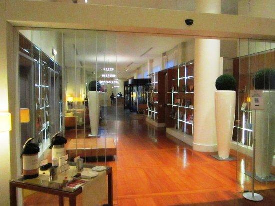 Hilton Garden Inn Florence Novoli: Passage