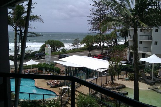 The Beach Retreat Coolum: Fantastic view from balcony.