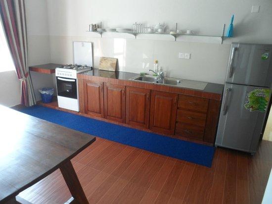 Di Sicuro Tourist Inn: kitchen area