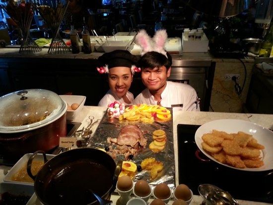 JW Marriott Hotel Bangkok: Barbeque Spread and Top Chefs