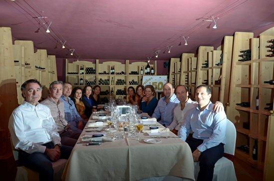 Castillo Gorraiz Hotel Golf & Spa: Salón LA BODEGA