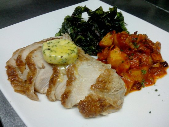 La Fuente: Menu of the week: roasted turkey with lemon butter herb, crispy spinach and potato in spicy sauc