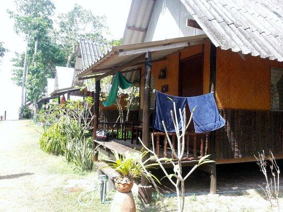 Blue Sky Beach Bungalow: Vår bungalow